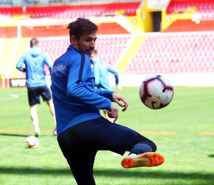 Kayserispor'da Tiago Lopes cezasını tamamladı