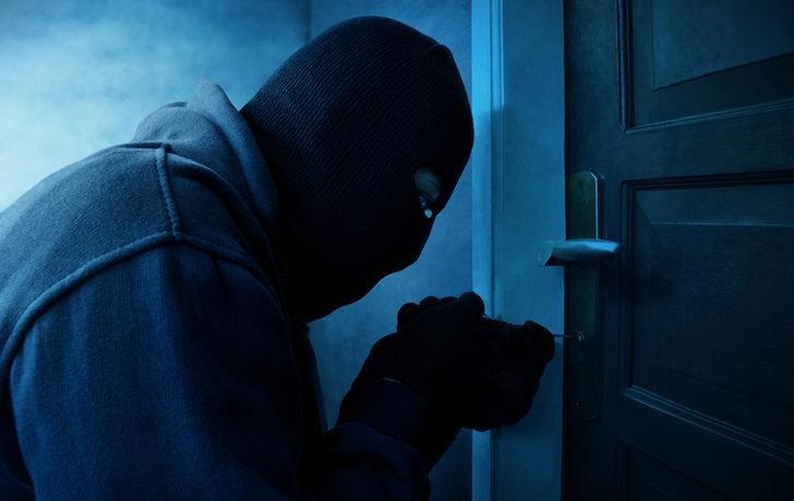 Rüyada hırsız görmek ne demek? Rüyada hırsızlık görmek ile ilgili rüya tabirleri