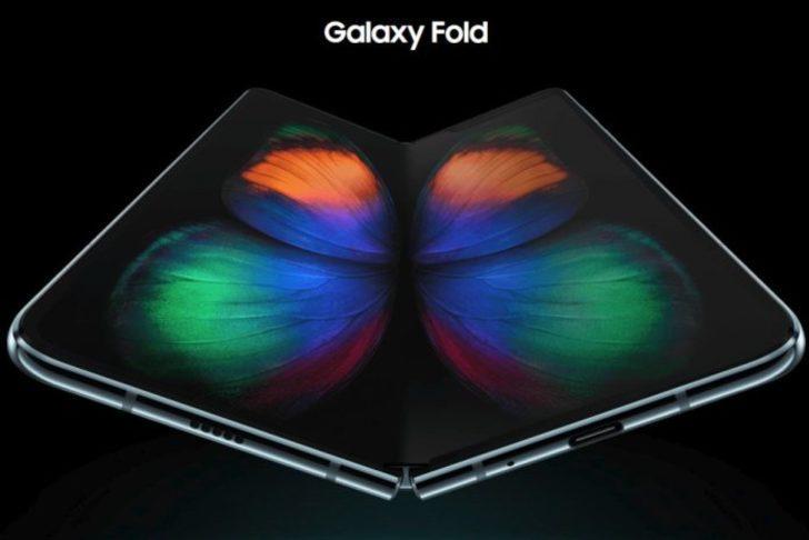Samsung Galaxy Fold, bugün satışa sunuldu