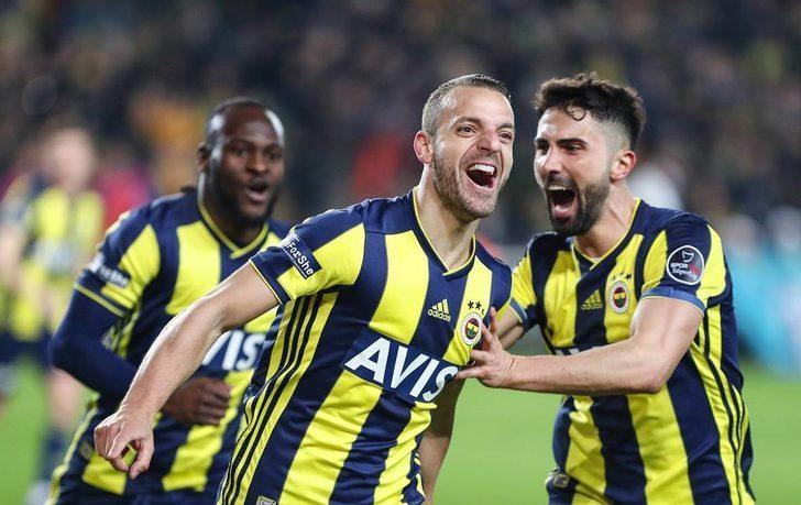 12- Fenerbahçe: 43 puan