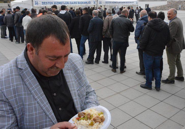 Erzurum'da bitmeyen kuyruklar oluştu! Nedeni ise...