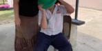Kafası plastik koniye sıkışan çocuğu itfaiye kurtardı