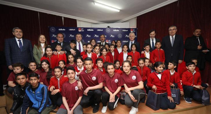 Gillette ve Milliyet 35 Bin Öğrenciye Spor Desteği Verdi...