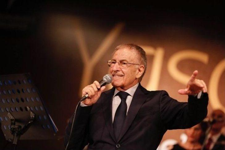 Ses sanatçısı Yaşar Özel hayatını kaybetti! Yaşar Özel kimdir?