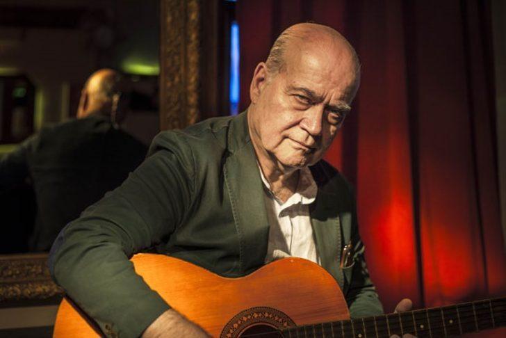 Usta müzisyen Vedat Sakman 101 saatlik canlı yayın konukları arasında yerini aldı!