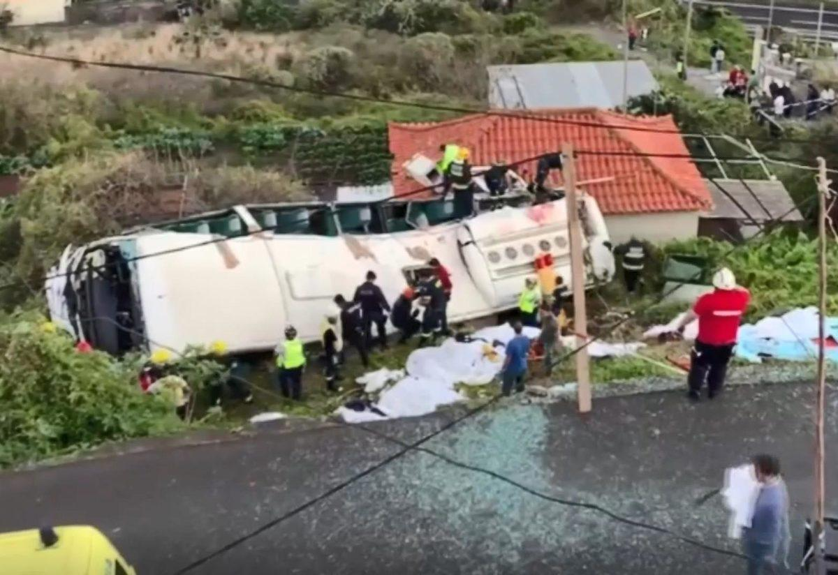 Portekiz'de turist otobüsü kaza yaptı: En az 28 ölü ile ilgili görsel sonucu