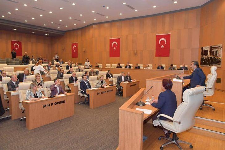 Çukurova Belediye Meclisi'nde komisyonlar belirlendi