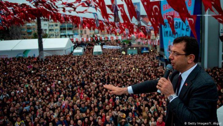 Analiz: Türkiye'de siyaset yeni bir dönemeçte