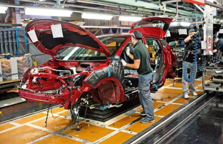 """Nissan üretim kesintisi haberinin """"tamamen yanlış"""" olduğunu açıkladı"""