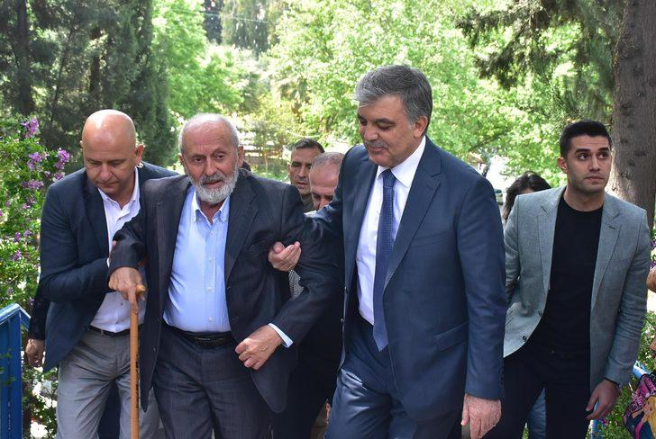 Abdullah Gül, yeni parti sorularını yanıtsız bıraktı