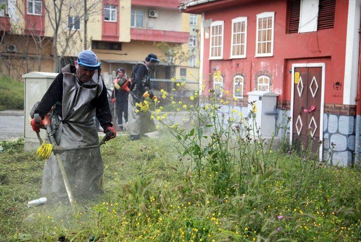 Kartal'da bahar temizliği