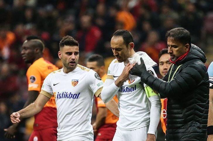 Galatasaray-Kayserispor maçında sakatlanan Umut Bulut hastaneye kaldırıldı