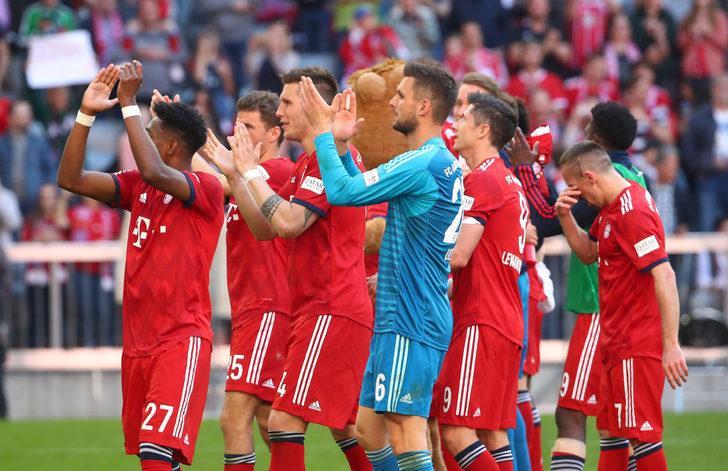 Bayern Münih, Bundesliga'daki yerini korudu