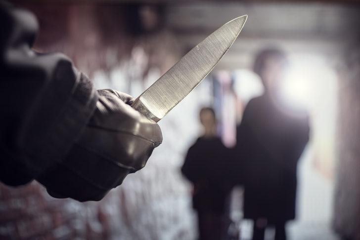 14 yaşındaki iki kız çocuğu 9 kişi öldürmeyi planlamaktan gözaltında