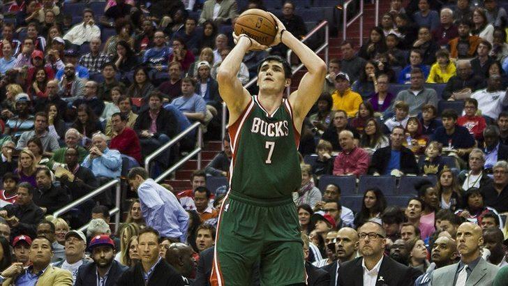 Ersan İlyasova 15 sayı attı, Milwaukee Bucks seriyi 3-0 yaptı