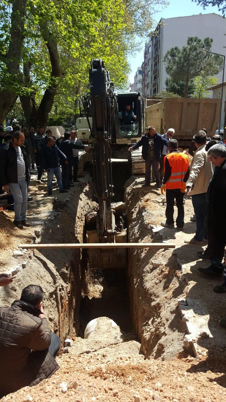Susurluk'ta kanalizasyon çalışmalarından 'lahit' çıktı (2)