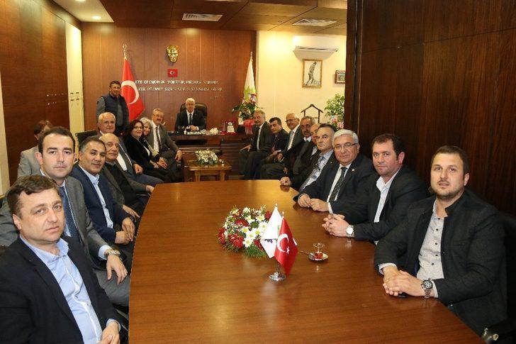 CHP Tekirdağ İl Başkanı ve yöneticilerinden Başkan Yüksel'e tebrik ziyareti