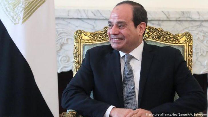 Mısır'daki referandumdan Sisi'ye 2030 vizesi