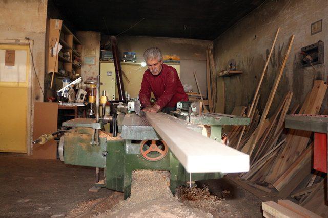 Kıbrıs gazisi, 7 parmağını kaybetti, marangozluktan vazgeçmedi