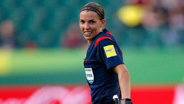 Fransa Ligue 1 tarihinde ilk kez bir kadın hakem düdük çalacak