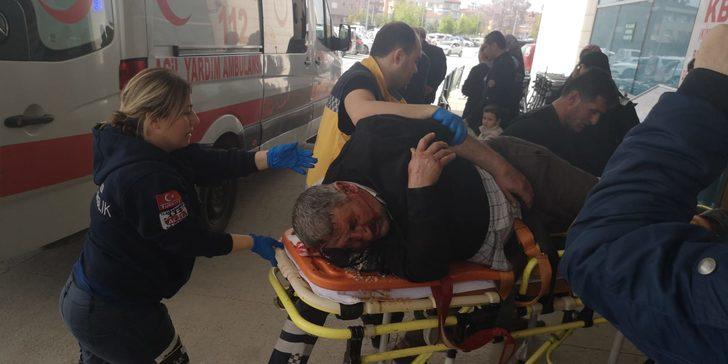 Bursa'da odun yüklü kamyondan düştü