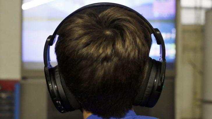 Çocukların Ekran Önünde Geçirdiği Süreyle İlgili Uyarı