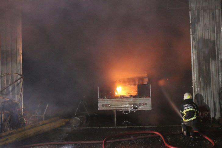 Kocaeli'de Kartepe Belediyesine ait depoda yangın