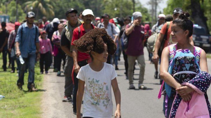 Meksika'da 1300 Göçmen Gözaltı Merkezi'nden Firar Etti