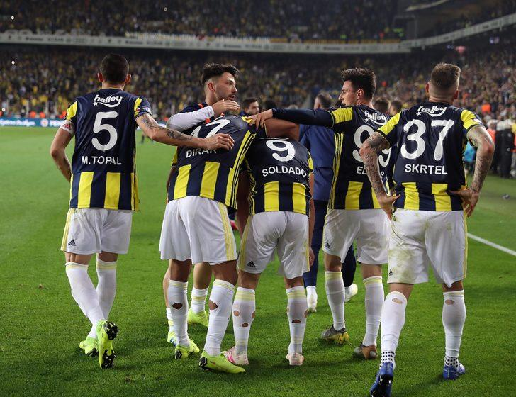 Sezon sonunda birçok takımın makyaja ihtiyacı olacak. Başakşehir'in de makyaja ihtiyacı var. Fenerbahçe'nin makyaja değil estetik olmaya ihtiyacı var.