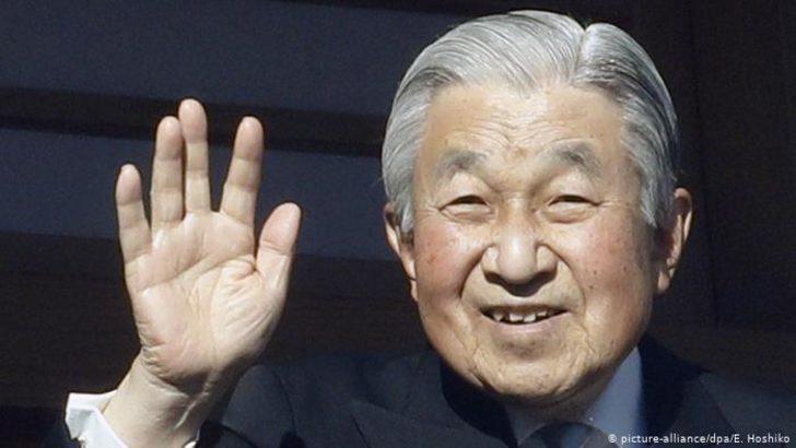 Japonya İmparatoru Akihito tahttan feragat ediyor