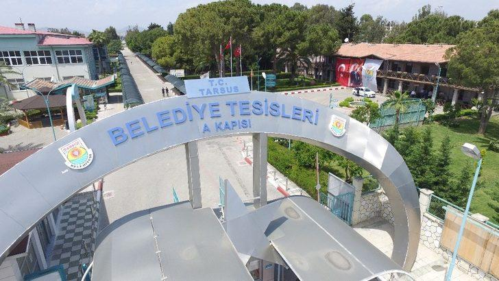 Tarsus Belediyesi tabelasına T.C. ibaresi eklendi