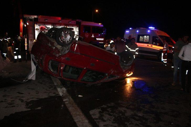 İzmir'de zincirleme kazada 1 sürücü viyadükten aşağı düştü
