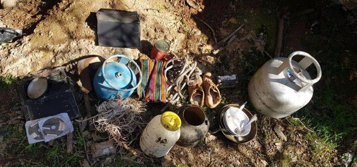 Şırnak'ta etkisiz hale getirilen teröristlere ait mühimmatlar ele geçirildi