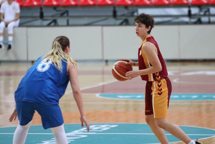 Galatasaray'da Eda Şahin'in ön çapraz bağı koptu