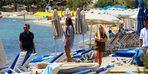 Denize giren turistlere büyük şok!
