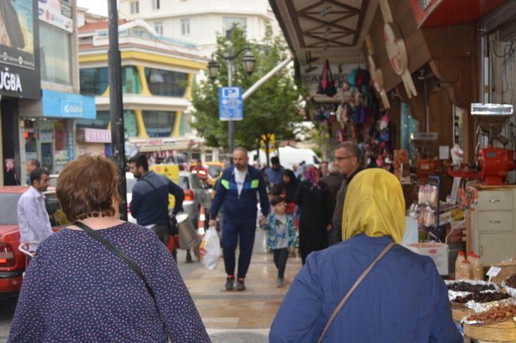Denizli'de, Ramazan alışverişleri hız kazandı