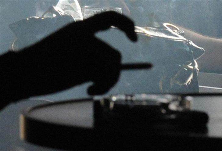 Diyanet'ten ramazan ayında sigara tiryakilerini rahatlatacak 'nikotin' fetvası