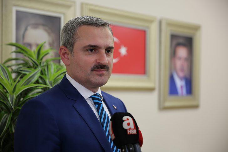 AK Parti İstanbul İl Teşkilatı, 39 ilçede 7 bin evde vatandaşla iftar yaptı
