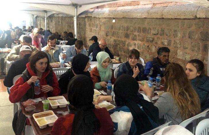 Selimiye'de ilk iftar