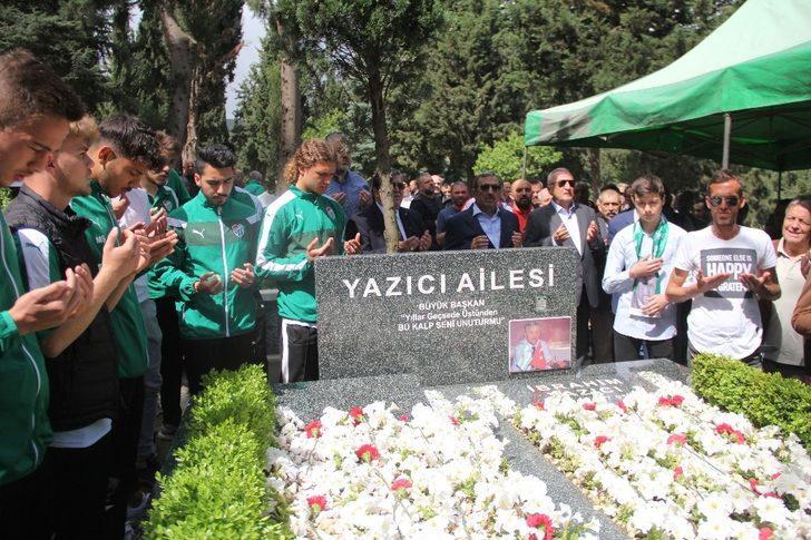Bursaspor'un şampiyon başkanı İbrahim Yazıcı anıldı