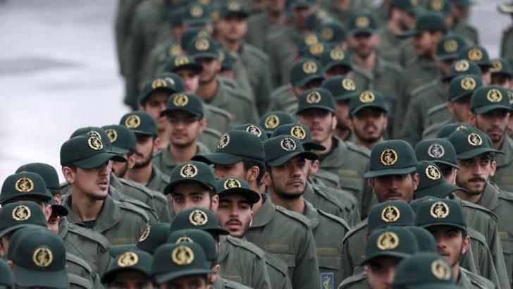İran Devrim MuhafızlarıTrump'ıGeri Çevirdi