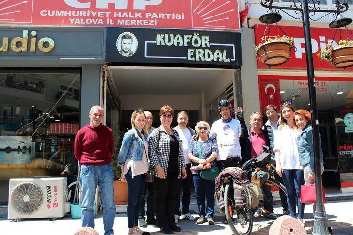 Atatürk'ün izinde Samsun'a pedal basacak