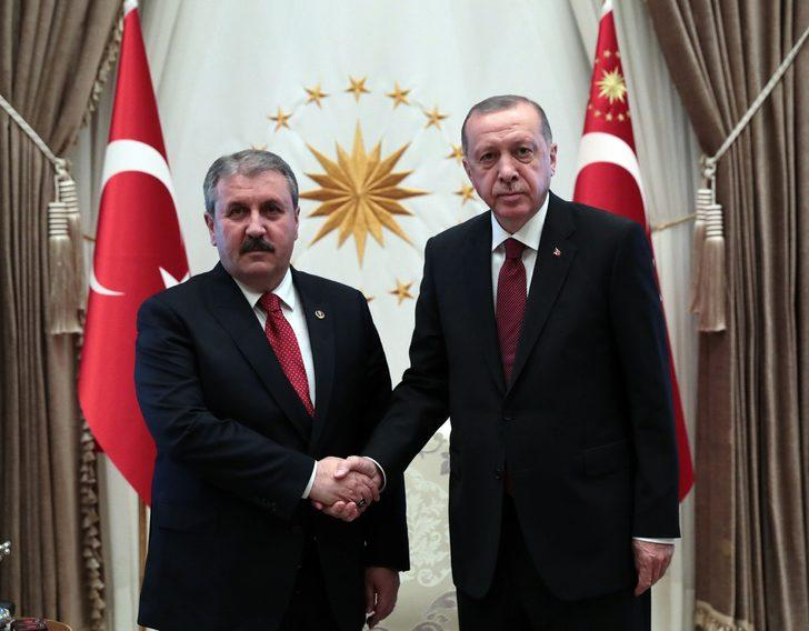 Büyük Birlik Partisi Genel Başkanı Mustafa Destici Beştepe'de