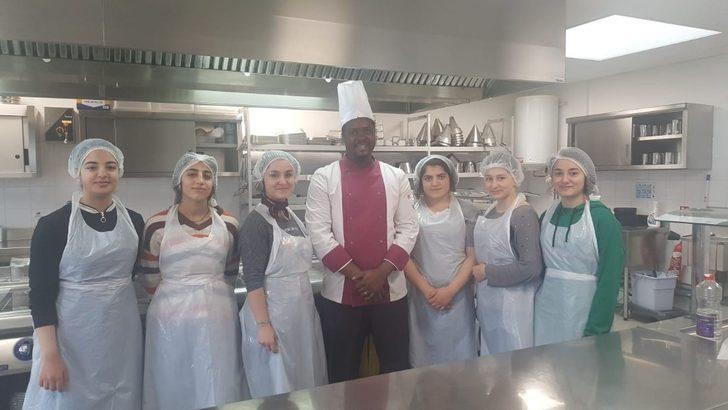 """""""Akdeniz Mutfağının Avrupa'da Öğrenilmesi"""" projesi"""