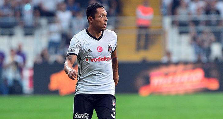 Adriano (Beşiktaş)
