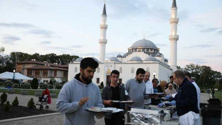 Türkiye'nin Washington Büyükelçiliği'nden iftar yemeği