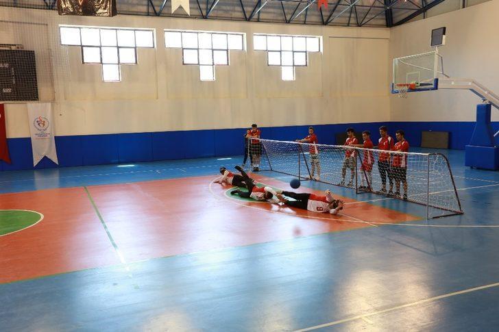 Goalball maçı ile engellere meydan okudular