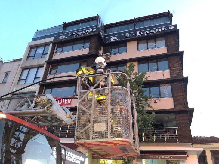 Bursa'da iş merkezinde patlama! Kundaklama şüphesi