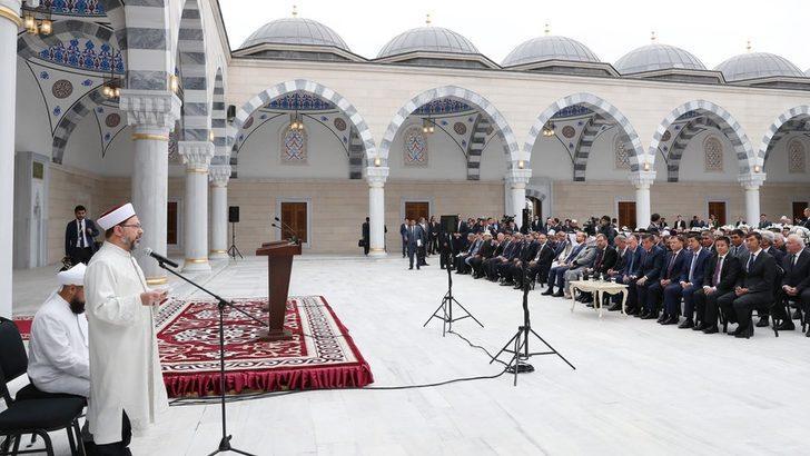 Türkiye yurt dışında nerelerde cami inşa etti, bu camilerin maliyeti ne?