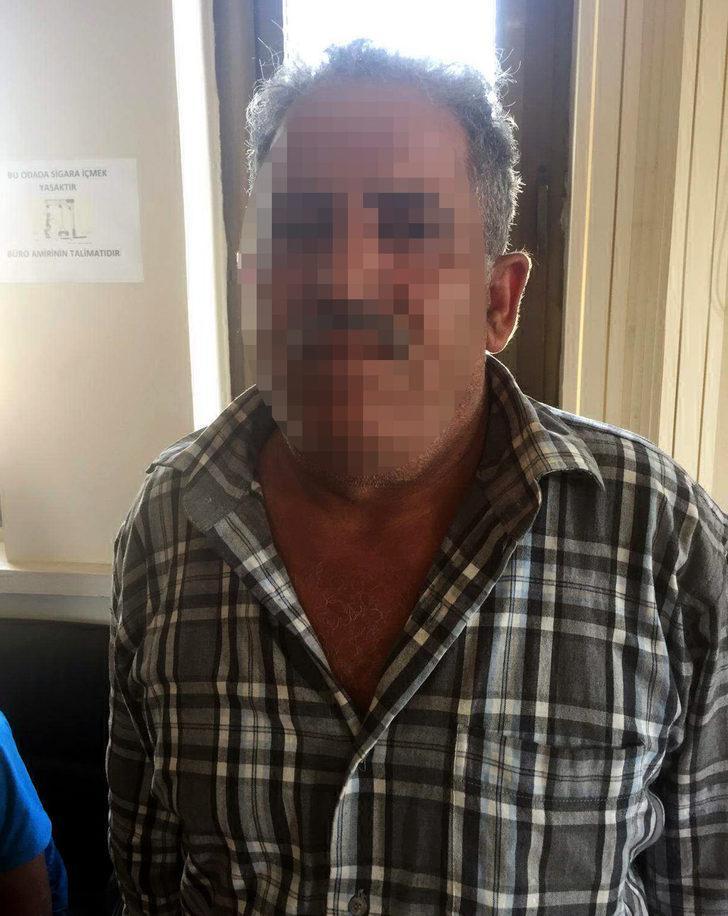 Mersin'de, DEAŞ şüphelisi baba- oğul gözaltında